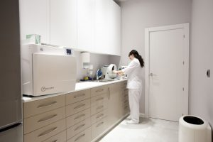 profesionales con las últimas tecnologías dentales