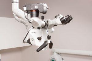 Microscopio Zeiss Extaro 300